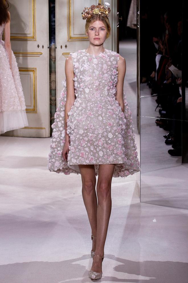 giambattista-valli-couture-spring-2013-31_122432484885